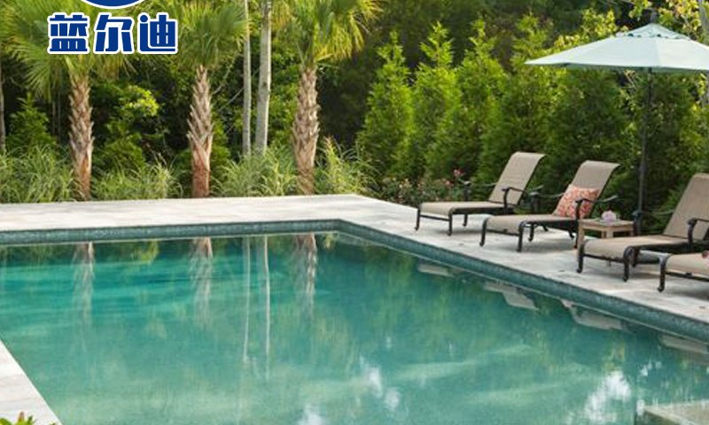 How to Clean Solar Covers For Pools