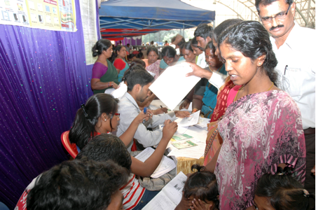 Waste pickers register for social security schemes in Bangalore