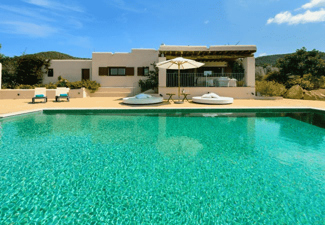 Why Booking a Villa For Special Events Is A Great Choice