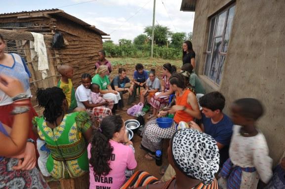 tanzania-village-scene_31284338322_o