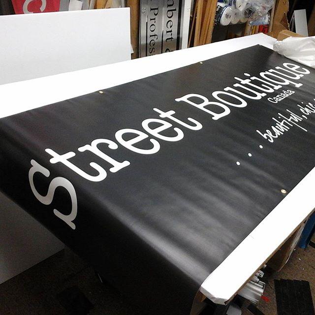 Banner & Grommets