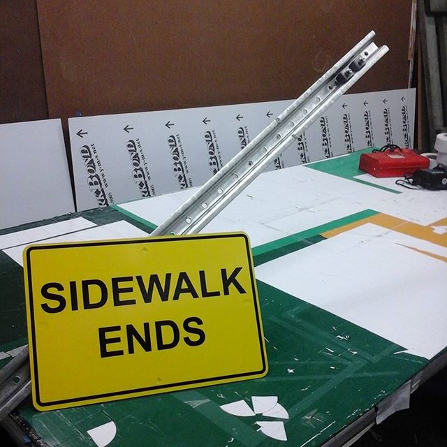 Aluminum / vinyl sign & U-channel post