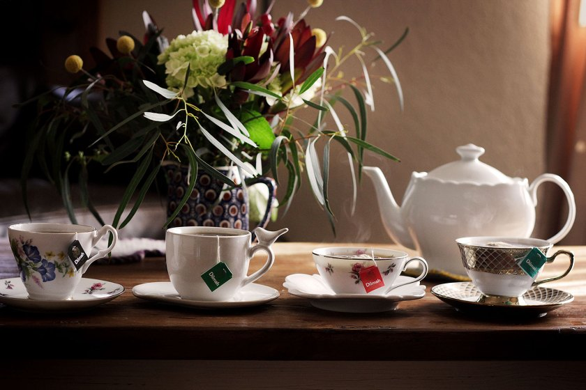 How to set up an accurate tea tasting.