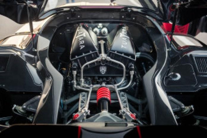 SSC Tuatara bespoke 5.9-liter twin-turbocharged V8 engine