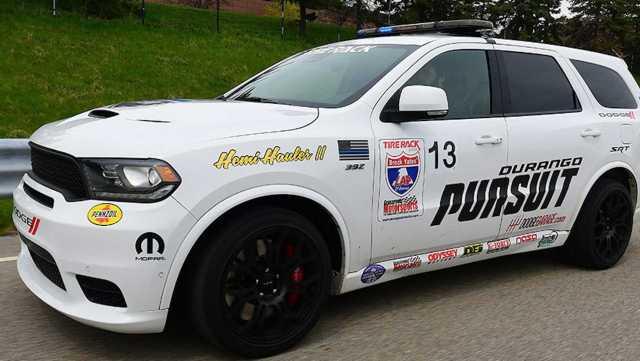 Dodge-Durango-SRT-Pursuit-Speed-trap