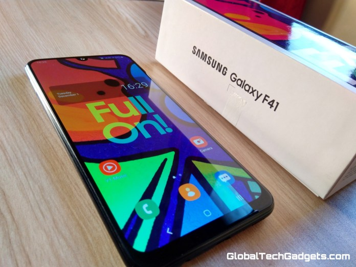 Samsung F41 Design & Display