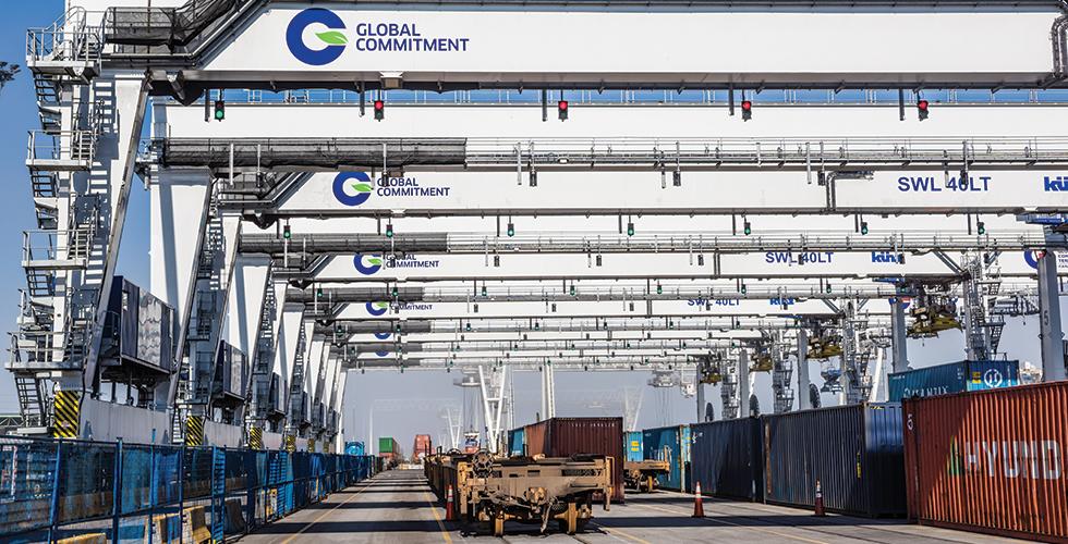 Global Commitment cranes