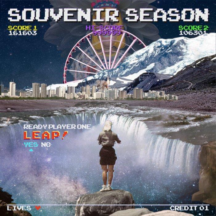 souvenir season