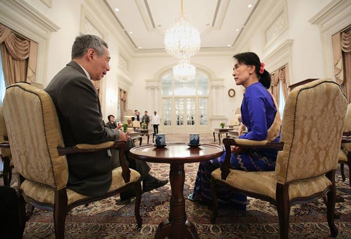 Myanmar opposition leader Aung San Suu Kyi meets Singapore Prime Minister Lee Hsien Loong. Image from Facebook