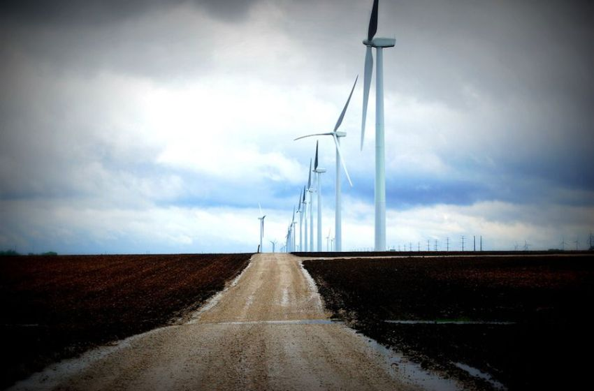 Record Number of Wind Energy Projects Under Construction