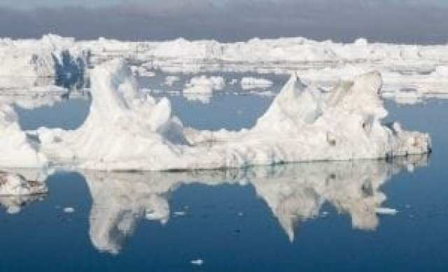 Satellite measurements indicate a rapidly accelerating ice mass loss in the Greenland and Antarctica