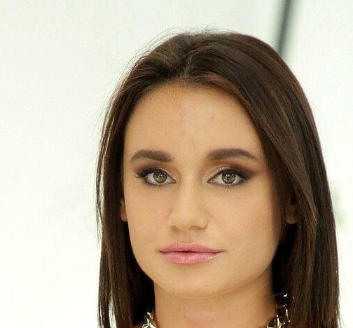 Lana Roy