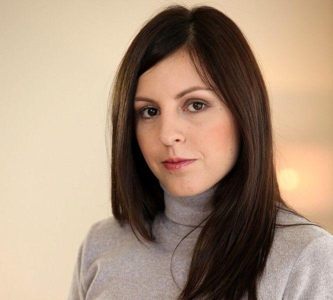 Silvia James