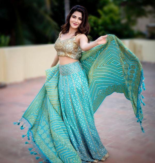 Iswarya Menon in Indian Ethnic Dress