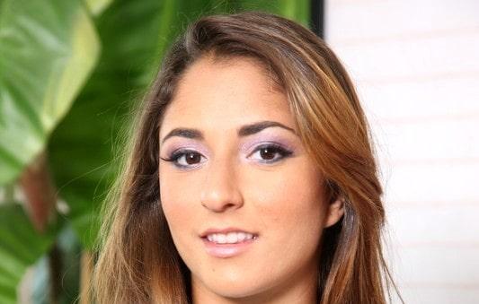 Nicole Grey
