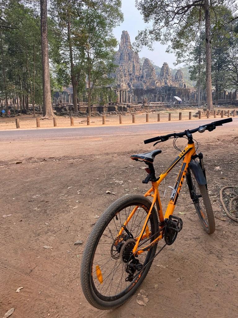 Visiter les temples d'Angkor à vélo