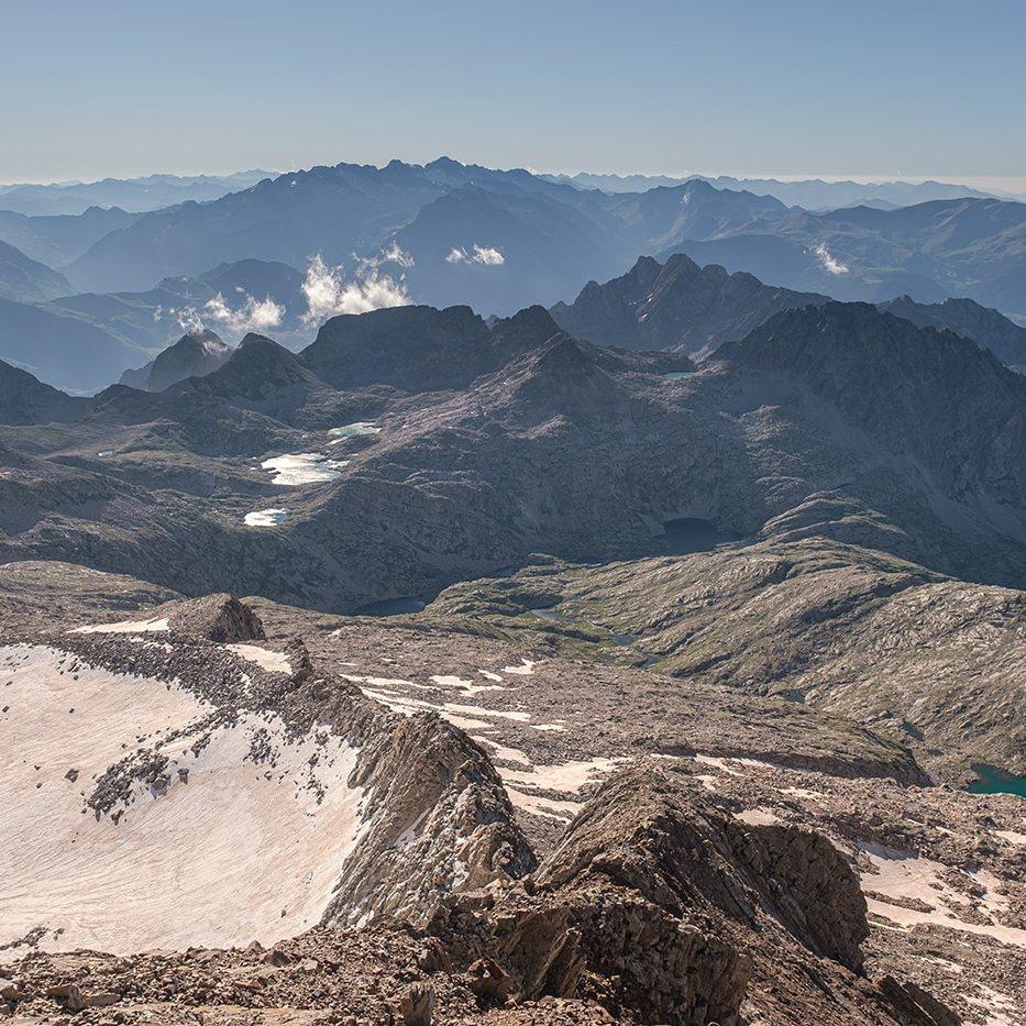 Vue sur le massif de l'Aneto depuis les Posets