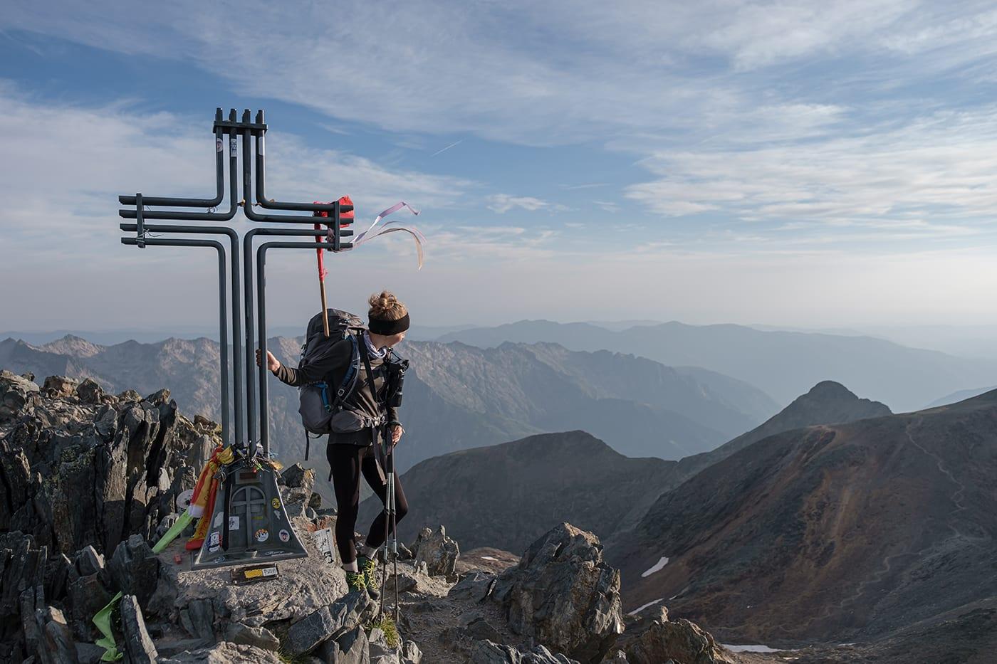 Croix au sommet de la Pique d'Estats