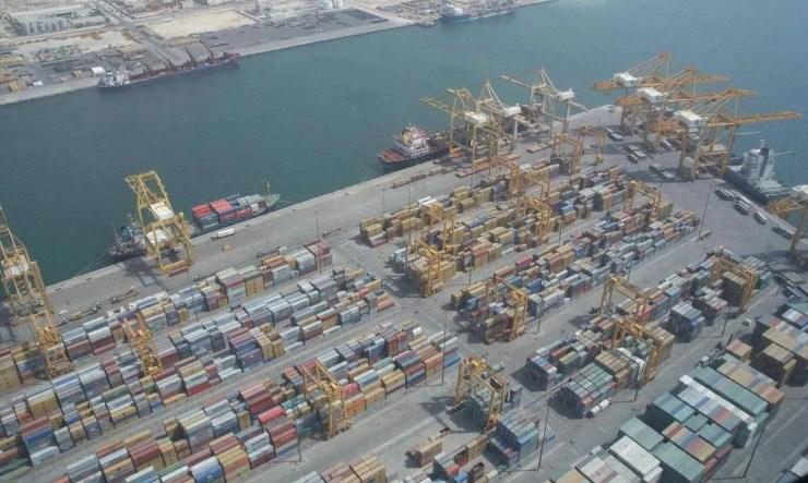 The port of Jebel Ali in Dubai, United Arab Emirates (Image Credit: Imre Solt/Wikimedia Commons)