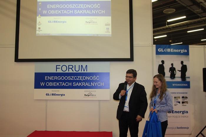 Jarosław Kotyza (AGH) i Justyna Lis (GLOBEnergia) podczas zakończenia konferencji
