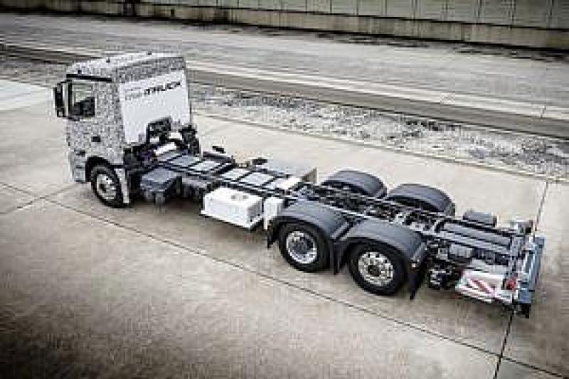Elektryczna ciężarówka Mercedes-Benz