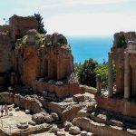 Taormine, théâtre gréco-romain en bord de mer