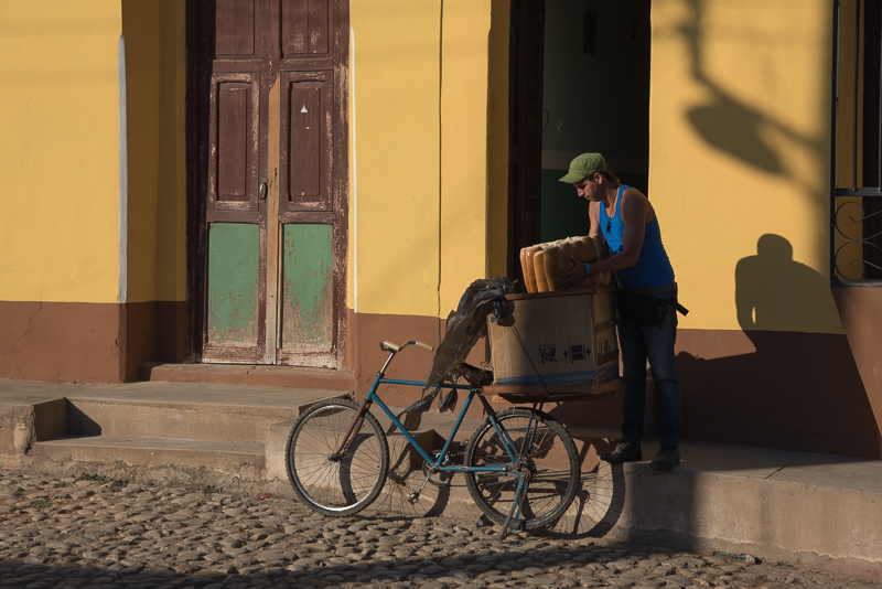 Cuba - Trinidad, livreur de pain