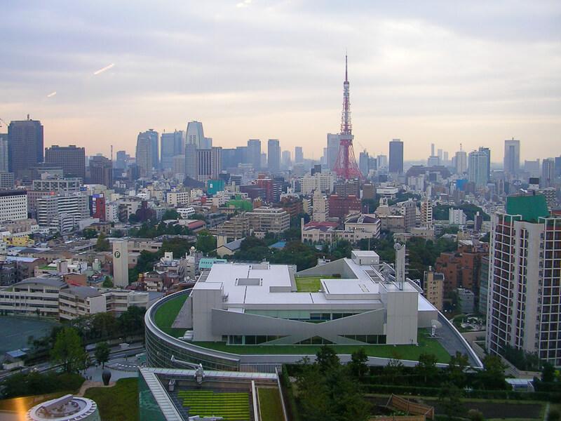 Japon,Tokyo - la tour de Tokyo vue depuis l'Hôtel près de la gare de Shibuya