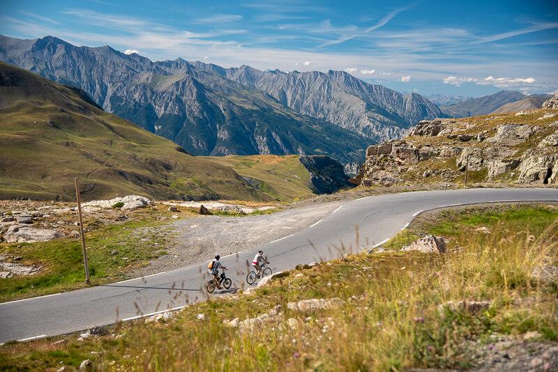 Mercantour, col de la Bonette - bicyclettes