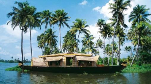 Family Beaches & Backwaters, Kerala