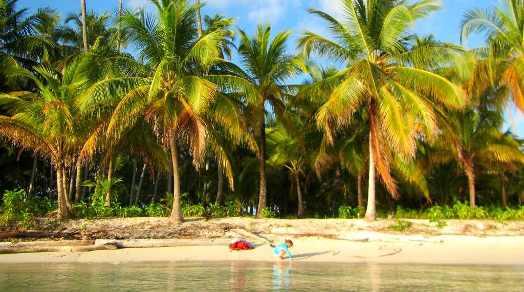 Sailing in San Blas Islands, Panama