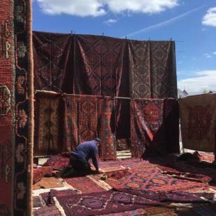 Russia or Turkish bazaar?