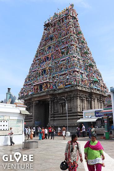 Kapaliswarar Tempel - großes Tor