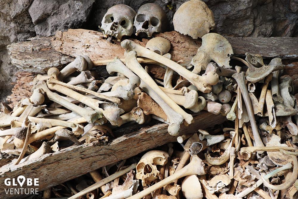 Sulawesi Tana Toraja Schädel Knochen