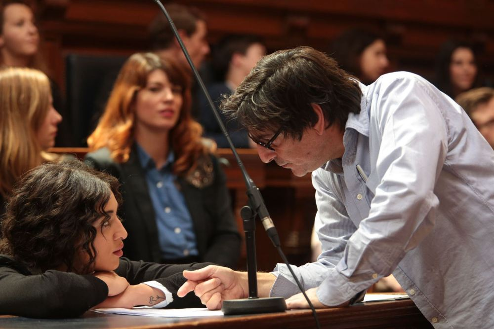 Camilla Jordana et son metteur en scène Yvan Attal