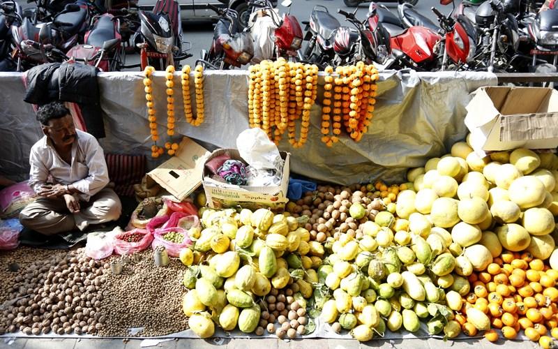 tihar-fruits