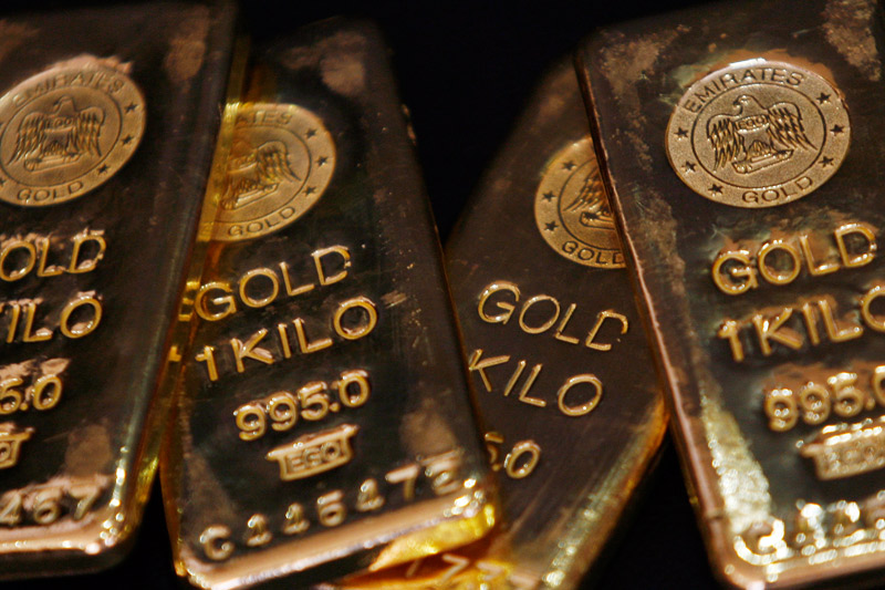 Gold futures end the week down 2.2% amid Fed rate hike outlook