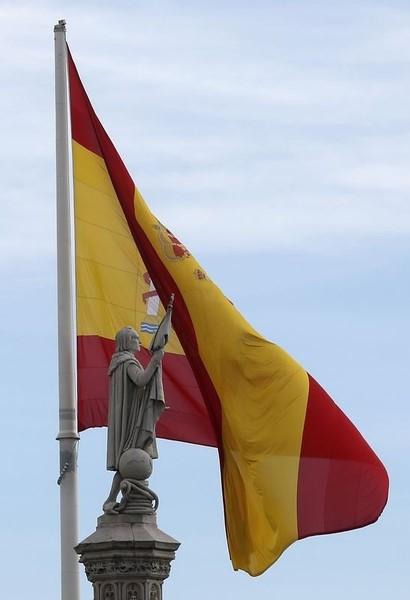© Reuters. Proveedores alertan de peligro de mora para supervivencia del sector en España