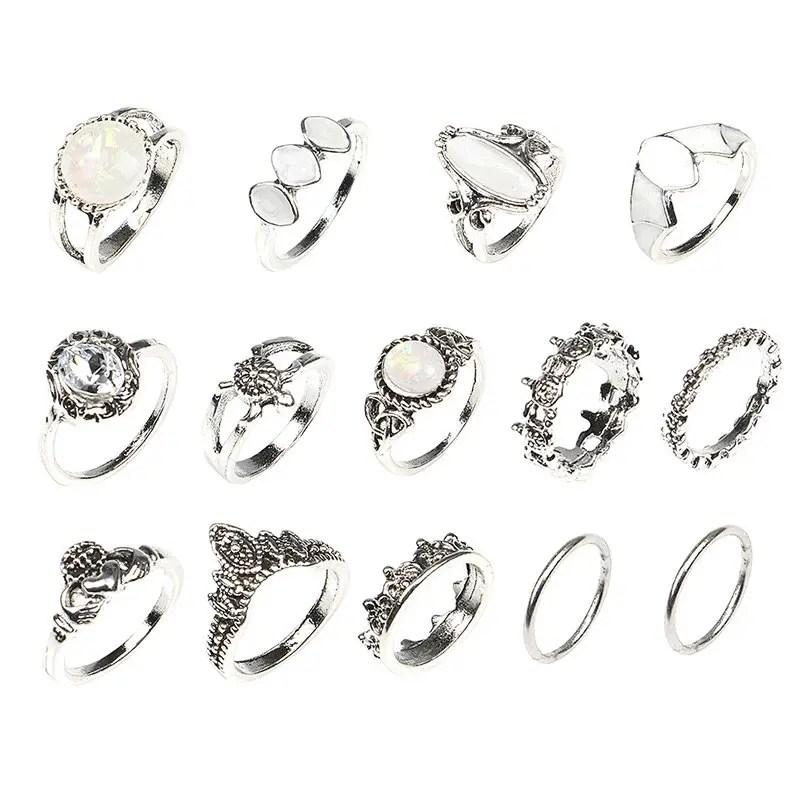 Conjunto de anéis de banda de metal gem do falso