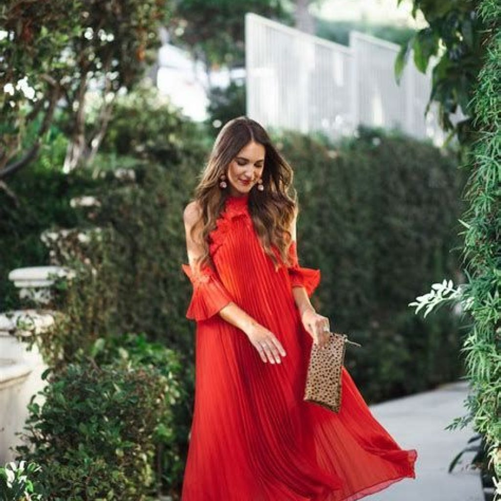 Adorable Fall Wedding Guest Outfits Ideas 10