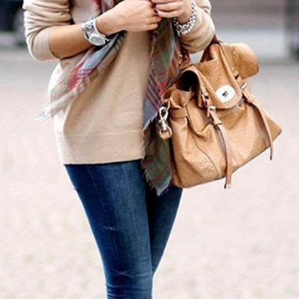 Adorable Sweater Style Ideas For Your Fall Season 07