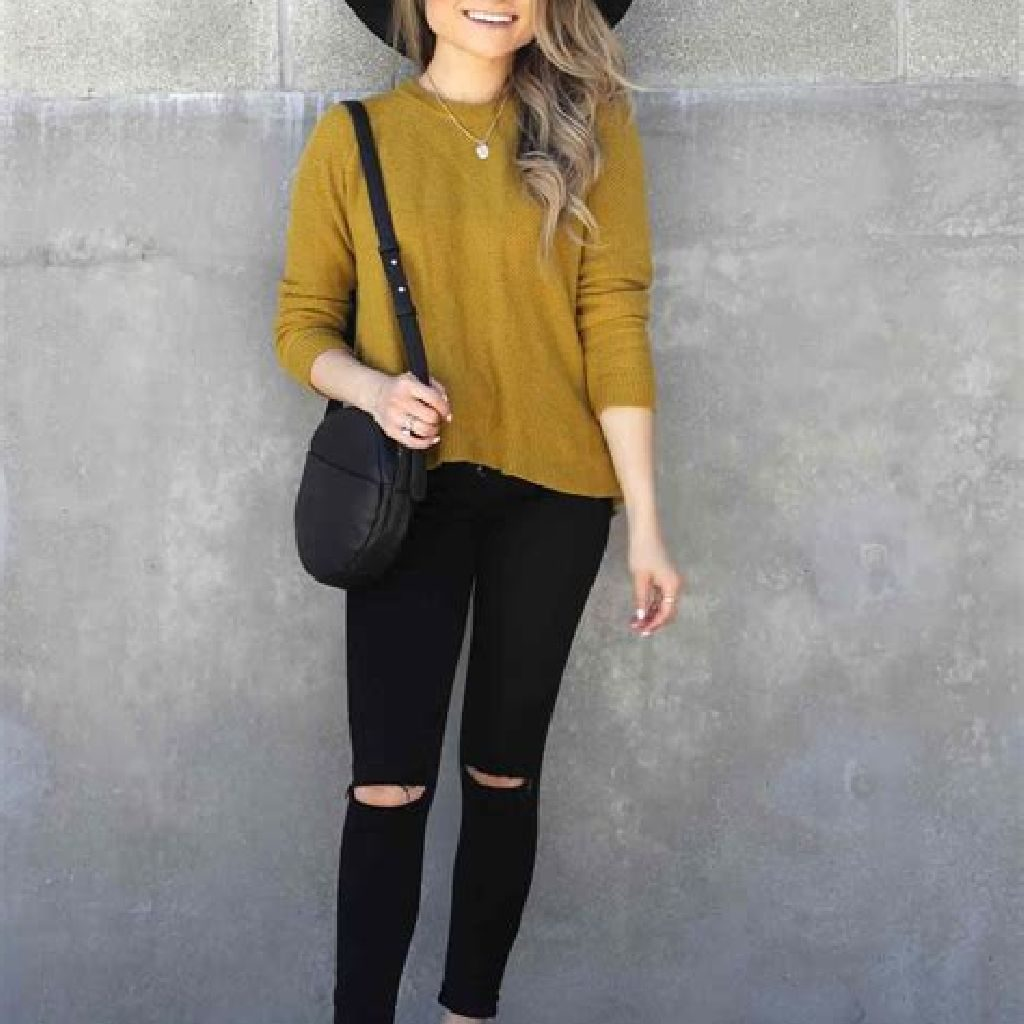 Adorable Sweater Style Ideas For Your Fall Season 09