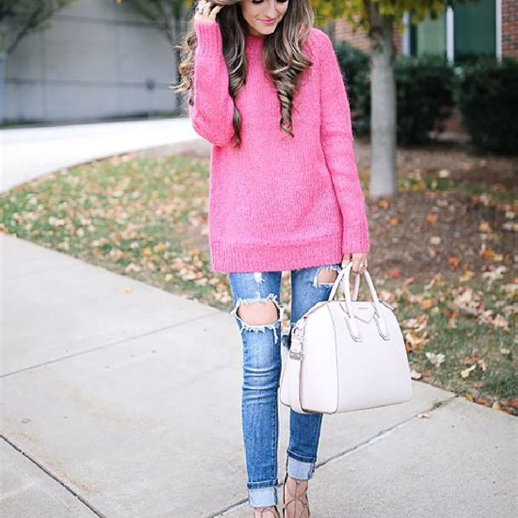 Adorable Sweater Style Ideas For Your Fall Season 10