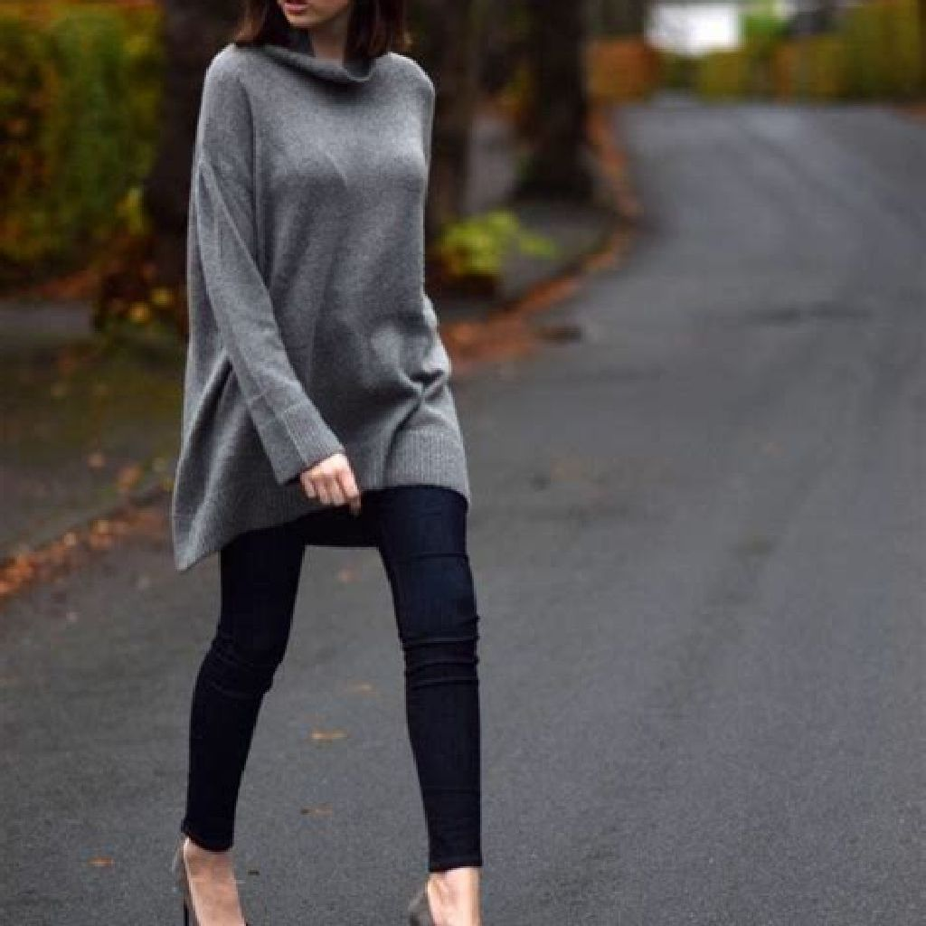 Adorable Sweater Style Ideas For Your Fall Season 11