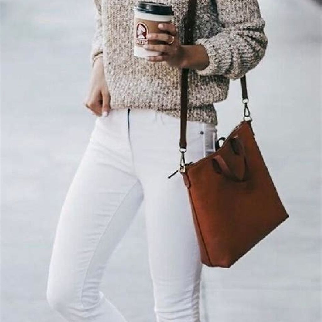 Adorable Sweater Style Ideas For Your Fall Season 22