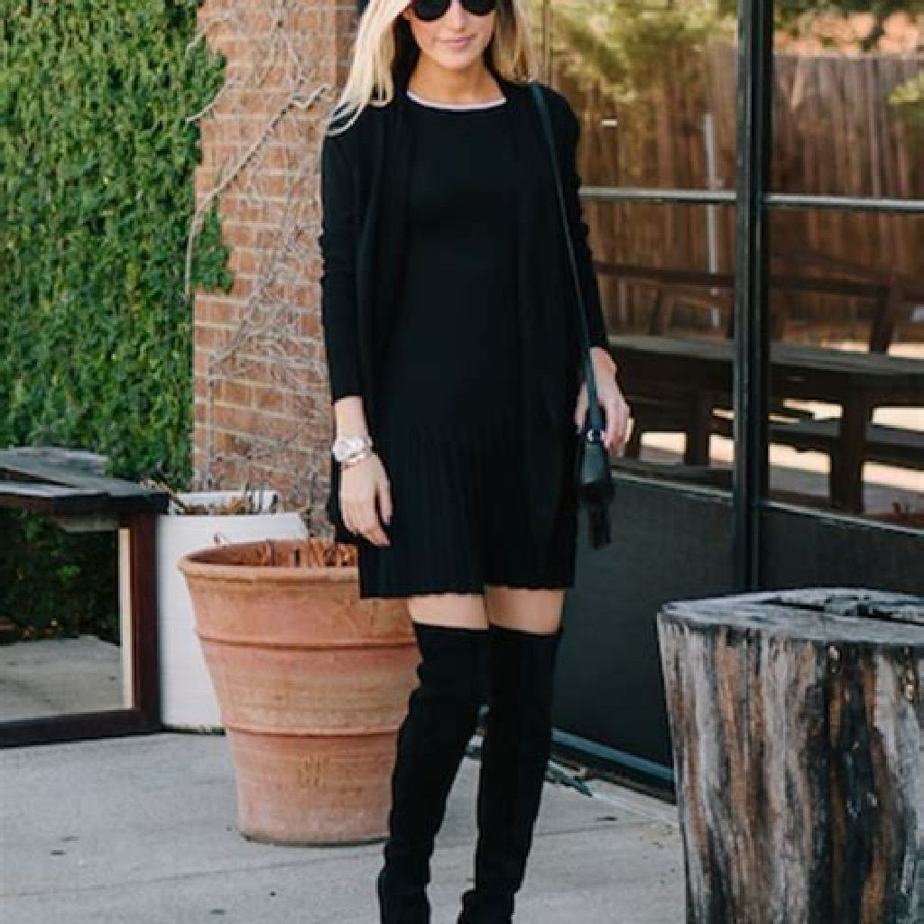 Chic Sweater Combination Ideas Suitable For Fall And Winter 11