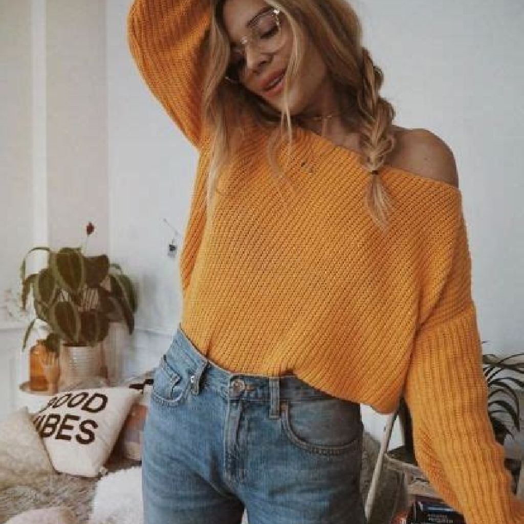Chic Sweater Combination Ideas Suitable For Fall And Winter 15
