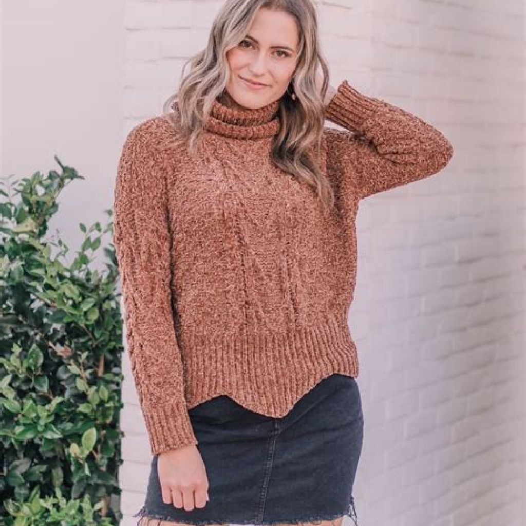 Chic Sweater Combination Ideas Suitable For Fall And Winter 22