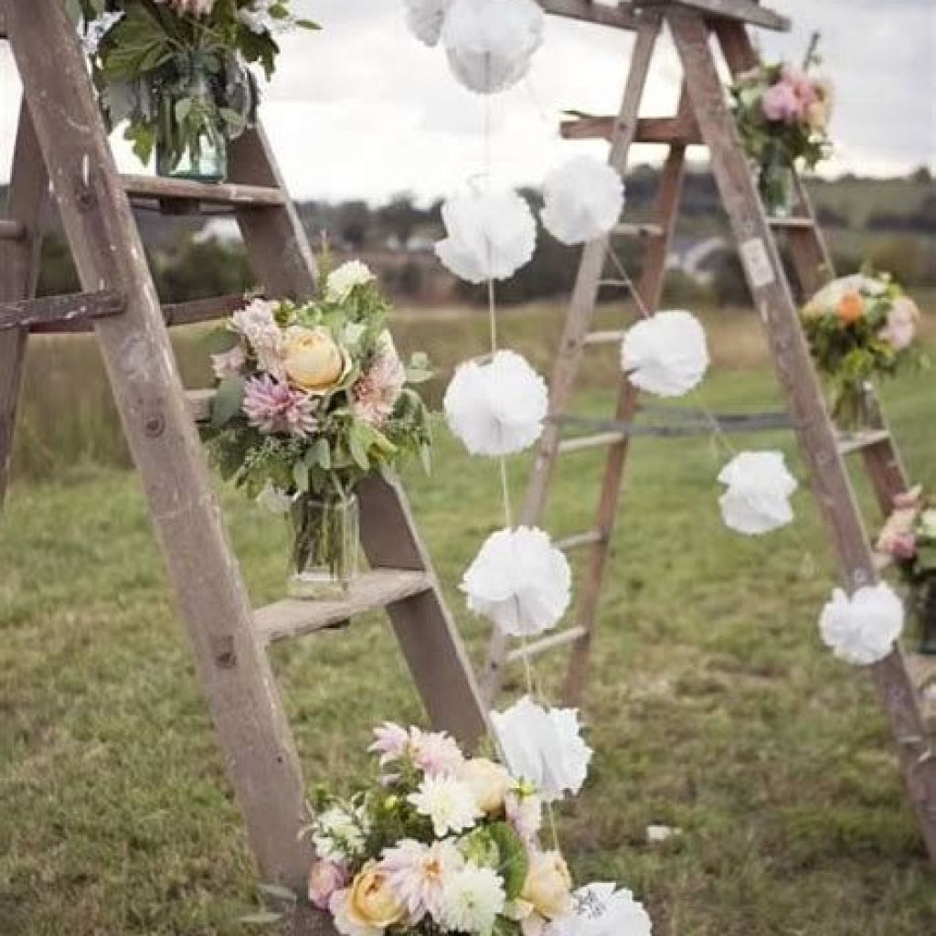 Perfect Country Wedding Decoration Ideas 29