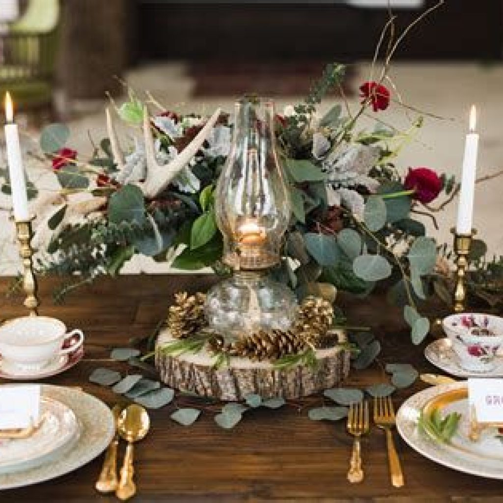 Romantic Rustic Wedding Decor Ideas 34